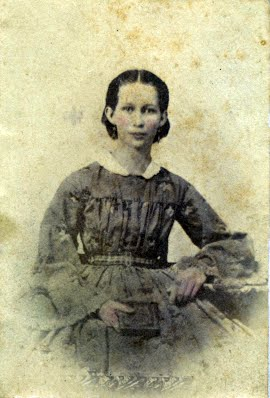 Annie Lynes as a young woman.